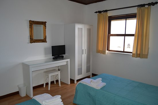 Corvo, Portugal: rooms