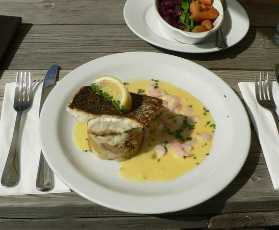 Upton Bishop, UK: Salmon & shrimp main.