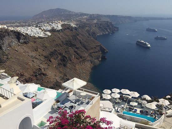 Altana Traditional Houses: Altana houses best located hotel in Santorini & amazing view to all west part of caldera and Uni