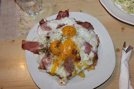Baita Stadl Alm: patate speck e uova