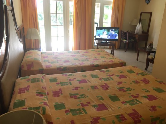 Funny Hotel!!