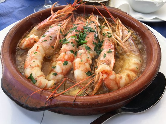 imagen Restaurante Pizzería La Dorada en Roquetas de Mar