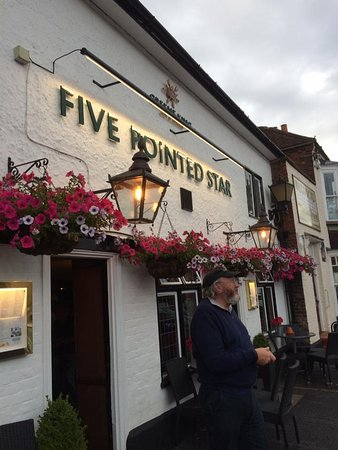West Malling, UK: Very nice little pub!