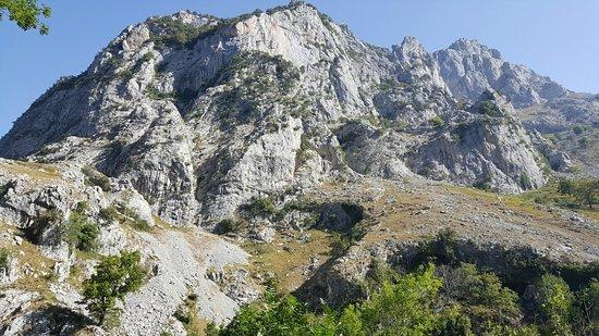 Funicular de Bulnes: Bulnes y alrededores
