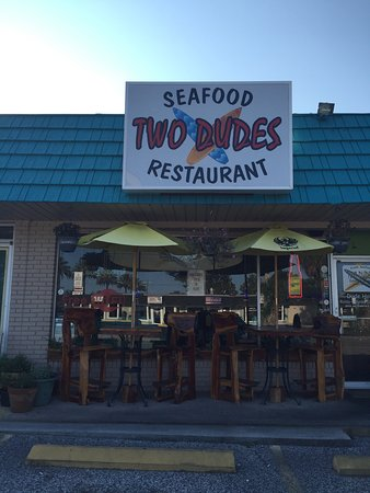 Two Dudes Seafood Restaurant: photo2.jpg