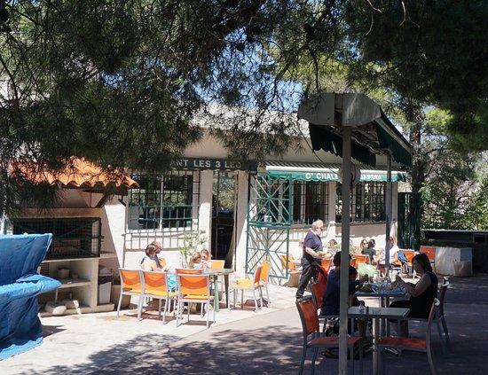 Les 3 leo le chalet du jardin marseille restaurant - Restaurant le jardin marseille ...