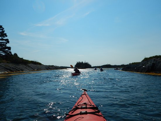 Pleasant Paddling: Paddling Blue Rocks