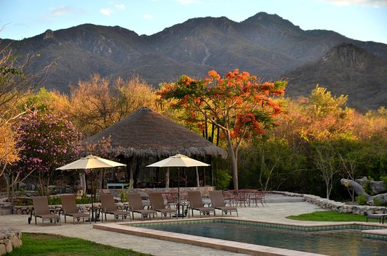 El Pedregal Nature Lodge and Retreat Center