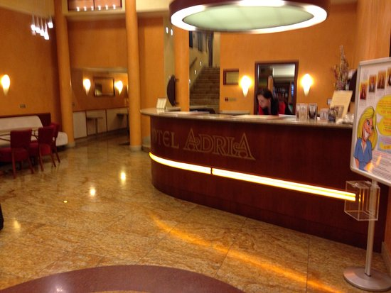 Adria Hotel Prague: Reception
