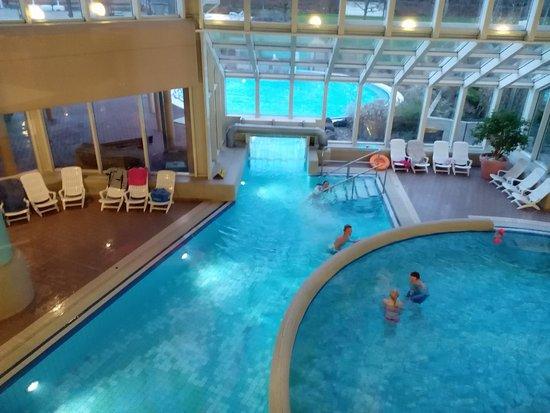 Felsland badeparadies saunawelt dahn 2017 ce qu 39 il for Piscine badeparadies