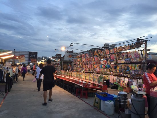 Yingcai Tourism Night Market