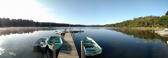 Twin Pines onTrout Lake: Calm morning at the private resort dock.