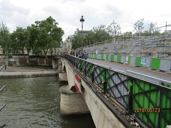アルシュヴェシェ橋