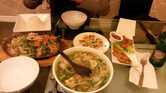 Saigon Noodle House: Pho, sizzling chicken and satay