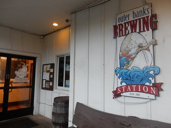 Outer Banks Brewing Station : Entrance area