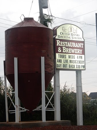 Outer Banks Brewing Station : Great Signage