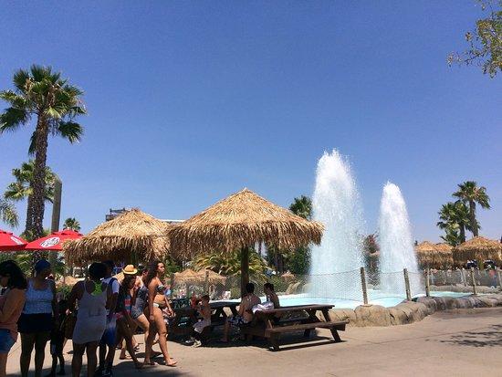 Waterworld California : a lot of seats around