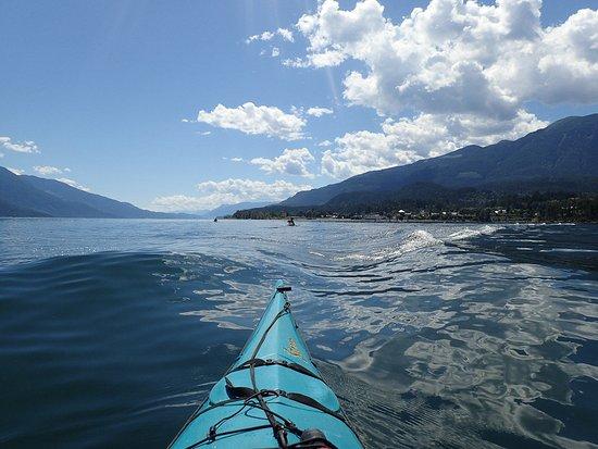 Kaslo Kayaking: Great photo