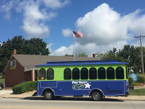 Fort Scott, KS: 50-minute Narrated Trolley Tours
