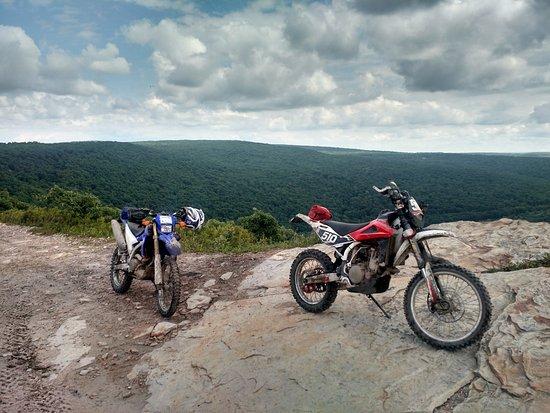 Dunmore, Pensilvania: Ridge line