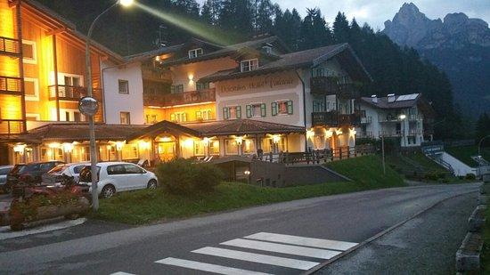 Hotel Valacia: 20160901_200911_large.jpg