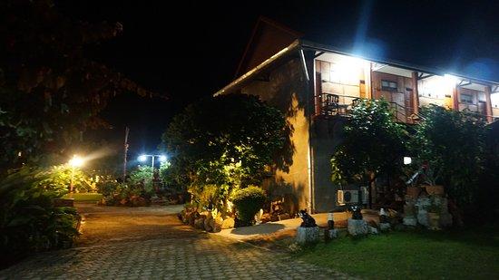 Thaton, Tailandia: Entrance