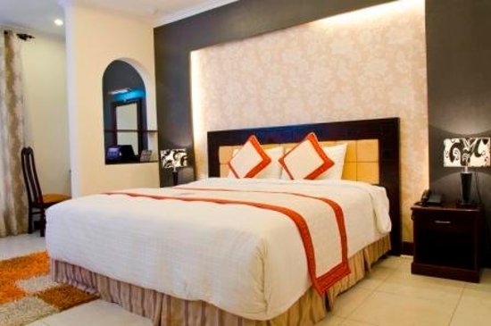 Petro House Hotel: Room & Suites