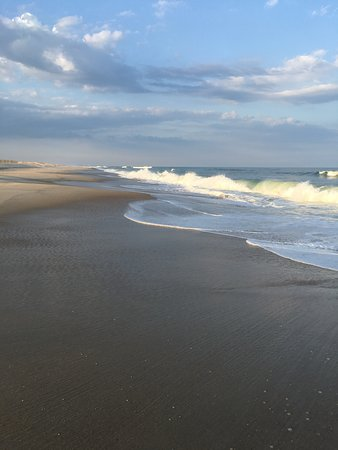 Assateague State Park Camping: The beach with wild waves very close to the camping area.