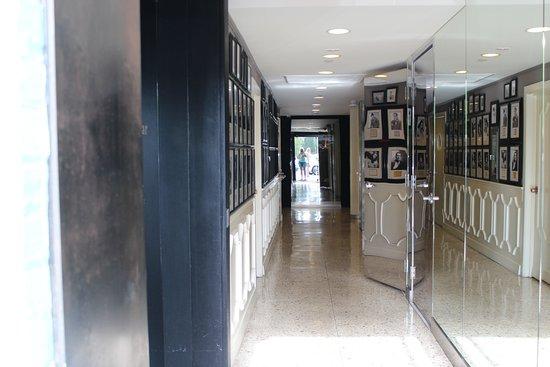 BEST WESTERN PLUS Hollywood Hills Hotel Bild