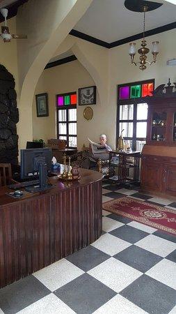 Tembo House  Hotel & Apartments: TA_IMG_20160907_103940_large.jpg