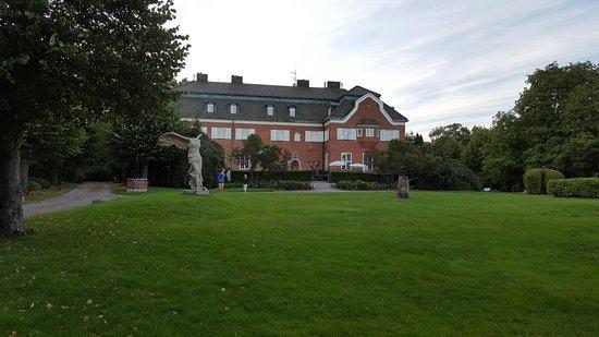 Djursholm, Zweden: 20160902_190516_001_large.jpg