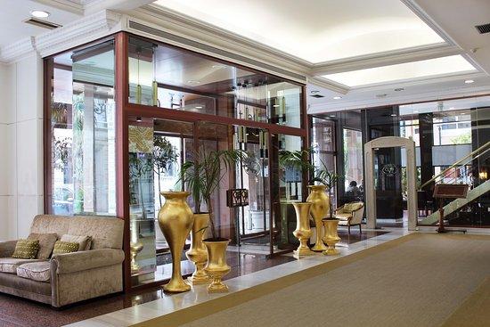 Ciudad de Vigo Hotel: Recepción