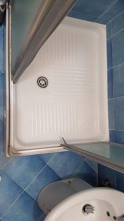 Residence Hotel Panoramic: Vano doccia