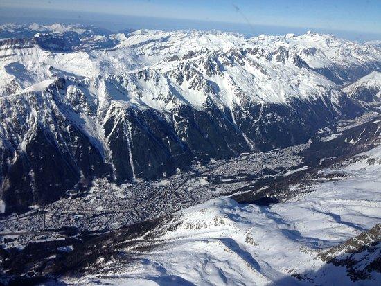 Les Balcons Du Savoy: Chamonix: the view from Aiguille du Midi