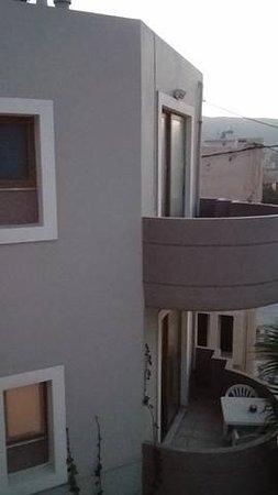 """Mandy Studios & Appartments: Esterno Hotel """"Nuova struttura"""""""