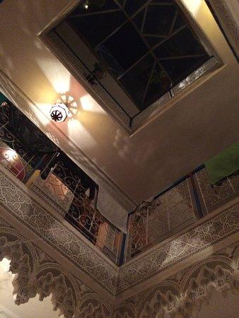 Hotel Sindi Sud: vue du rdc