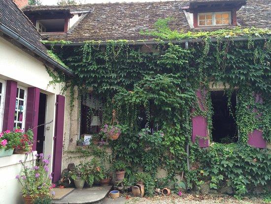 Celon, Francia: Entry