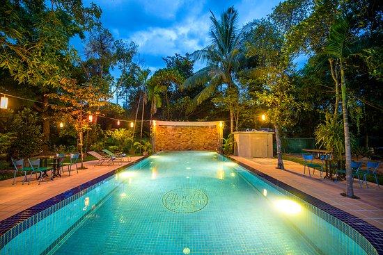 Bloom Garden Guesthouse Villa: Bloom Garden Siem Reap Salt water Pool