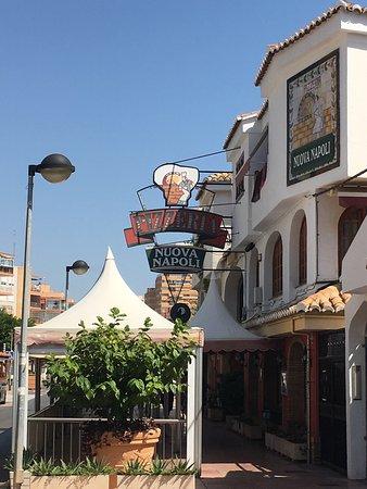 Nuova Napoli  fotografía de Napoli Pizza 6245f6b0e5378