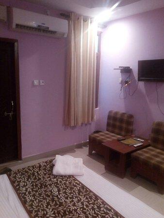 Hotel DPS Inn: TA_IMG_20160907_154845_large.jpg