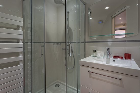 Salle de bain Studio Supérieur lits jumeaux - Photo de Hotel ...