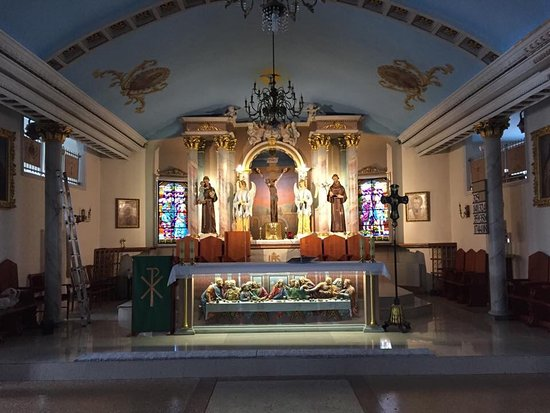 Karaganda, Kazajistán: Интерьер собора в стиле барокко.