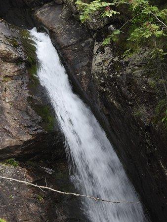 Tatranska Lomnica, Slovaquie : Waterfall in the high tatra