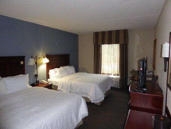 Hampton Inn & Suites Wells-Ogunquit: View of the room