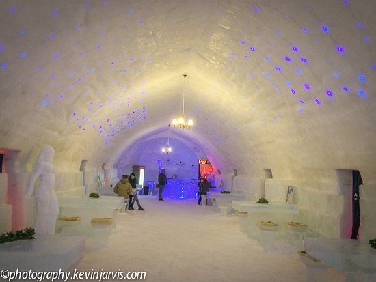 Ice Hotel Romania: Inside Hotel of Ice Balea Lac ROmania