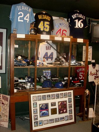 Canadian Baseball Hall of Fame & Museum: Exhibit