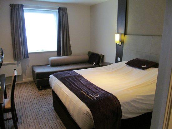 Premier Inn Eastbourne (Polegate) Hotel: Double Room