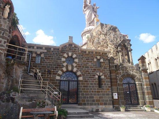 Shrine Of St. Joseph : entrée de la grotte