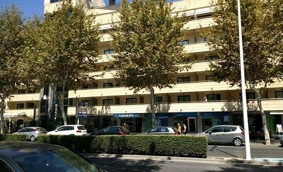 Hotel Agir: IMG_20160907_132126225~2_large.jpg