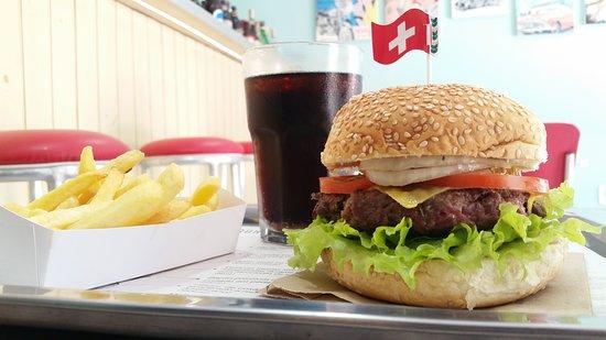 Excelente Restaurante Gringo Burgers